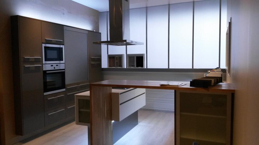 Aménagement Cuisine et plan de travail en bois par Herick Aménagement - Réalisation de cuisine par Elégance Bois - Artisan Créateur à Remouillé (44) - Agenceurs sur mesure