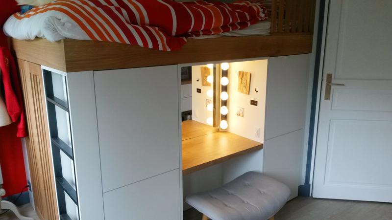 Lit en hauteur lumière - Réalisation de chambre par Elégance Bois - Artisan Créateur à Remouillé (44) - Agenceurs sur mesure