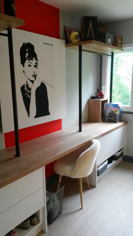 Grand bureau sur-mesure en bois - Réalisation de chambre par Elégance Bois - Artisan Créateur à Remouillé (44) - Agenceurs sur mesure