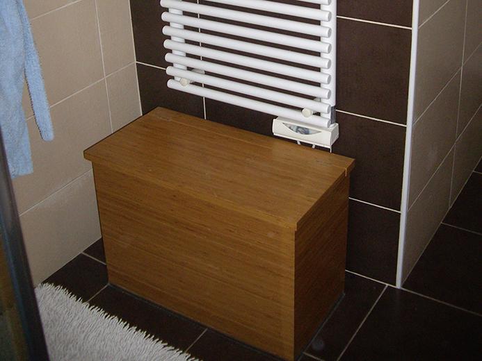 Coffre en bambou pour salle de bain - Réalisation de salle de bain par Elégance Bois - Artisan Créateur à Remouillé (44) - Agenceurs sur mesure
